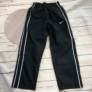 Nike Kids Windbreaker Pants Medium